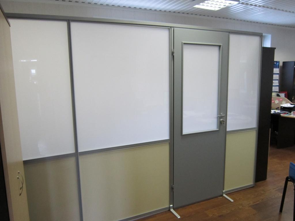 Дверь в офисную перегородку